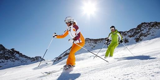 189-209 € -- Tirol-Urlaub mit Skipass & 5-Gang-Menüs, -44%