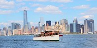 $59 -- Heated Architecture Cruise Around Manhattan w/Drink