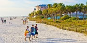 $103 -- Fort Myers Stay w/Breakfast & Parking, Save over 35%