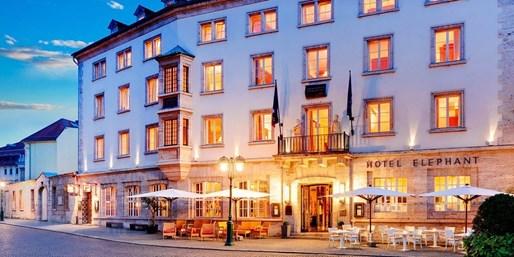 149 € -- Wohnen & tafeln wie Goethe in Weimar, -38%