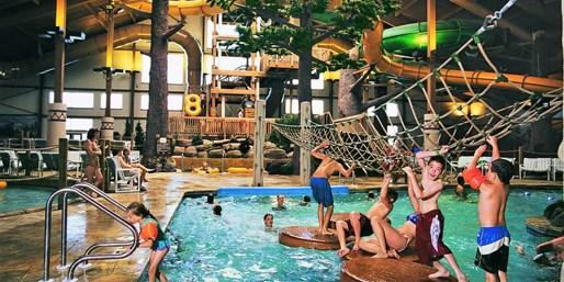 $109 -- Wisc.: Suite at Lake Geneva Indoor Water Park Resort
