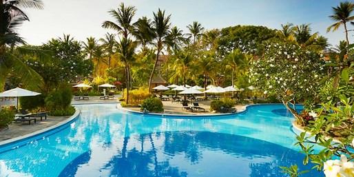 £899pp -- 10-Night Bali Holiday w/Emirates Flights & Upgrade