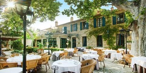 89€ -- Nuit 4* en hôtel de charme près d'Avignon, -40%