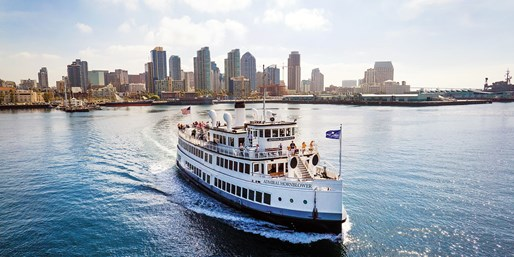 San Diego Brunch or Dinner Cruise for 2 w/Bay Views