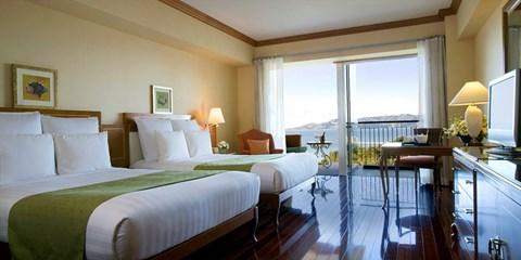 $5,400 -- 沖繩海濱飯店下殺 5 折,高樓層賞海景、包早餐送餐飲優惠