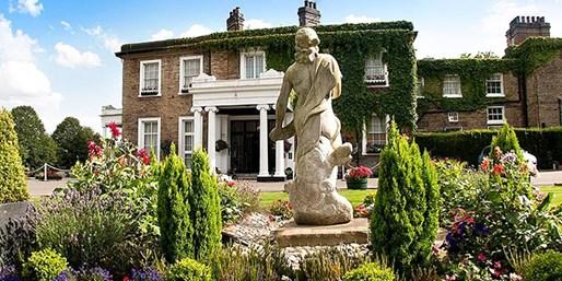 £109 -- 2-Night Manor Stay near the Peak District, Save 49%