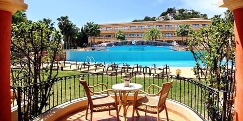 99€ -- Noche con media pensión para 2 en hotel 4* Mallorca
