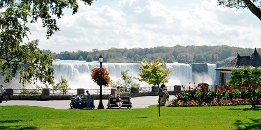 $99 -- Niagara Summer Stays, incl. Dining Credits, Reg. $184