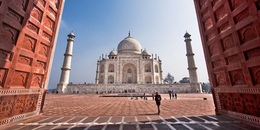 $2499 -- India 13-Night Tour w/Air incl. Delhi, Agra, Jaipur