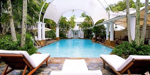 $749 -- Award-Winning Palm Cove 3-Nt Luxury Stay, Save $450