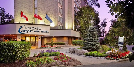 $99 -- Toronto Airport Hotel w/15 Days Parking, 50% Off