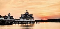 $239 -- Virginia: 2-Nt. Waterfront Stay w/Bubbly & Credit