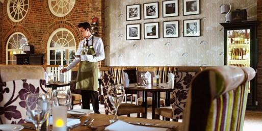 £89 -- 4-Star Yorkshire Coaching Inn Stay w/Dinner, Was £155