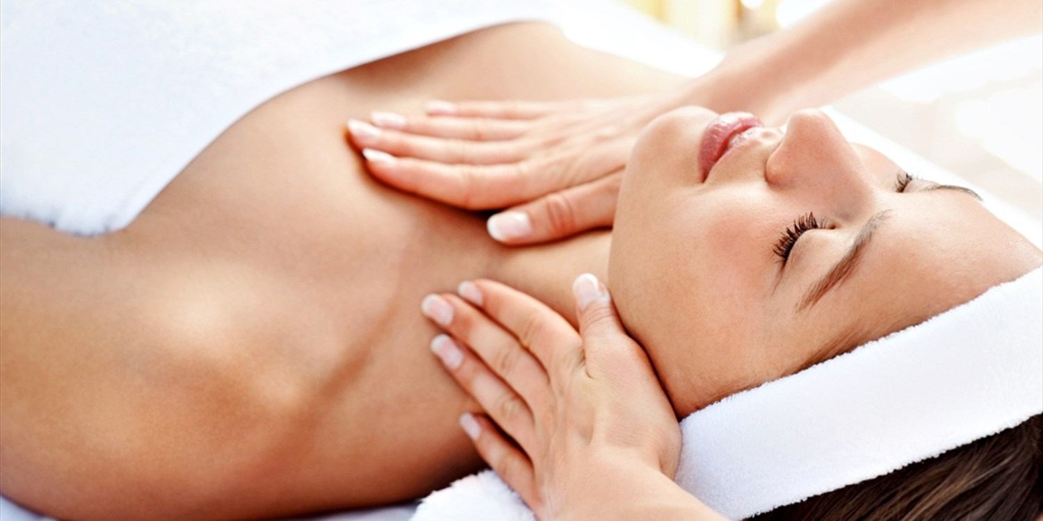 $75 & up -- Luxe Newport Spa Day: Massage or Facial & Pool