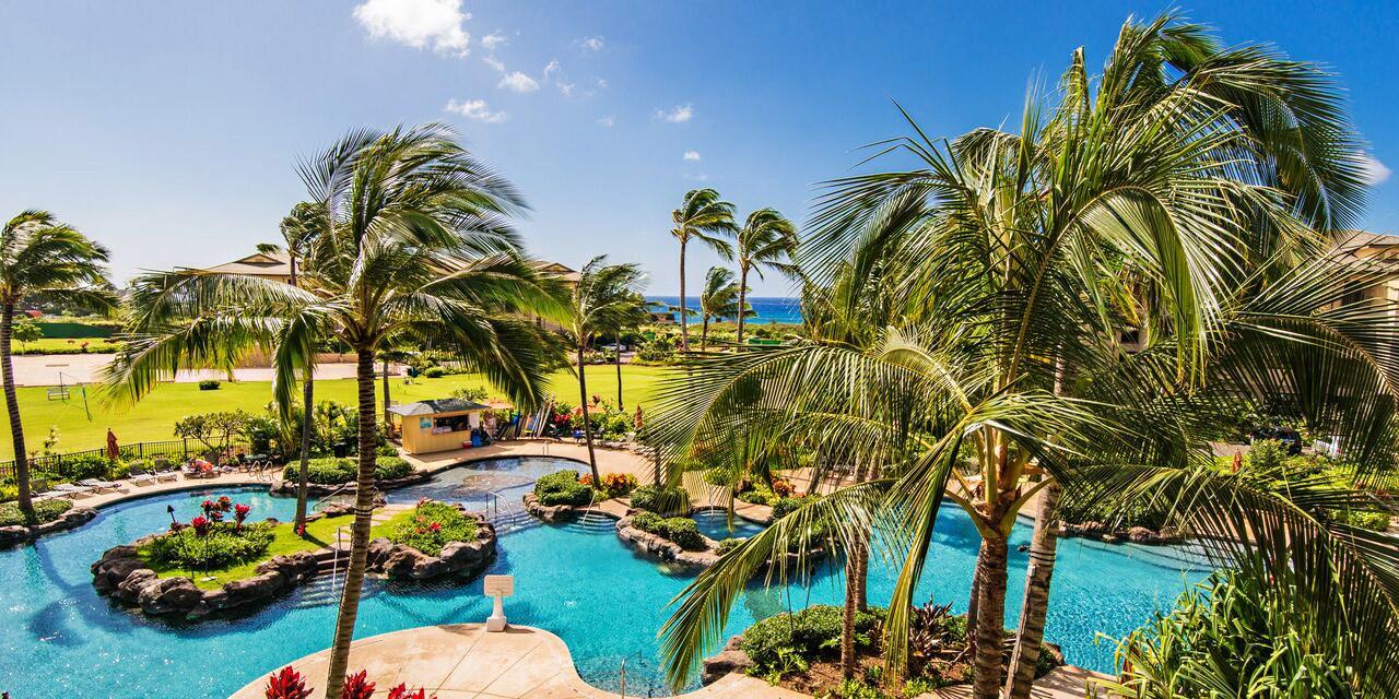 Travelzoo Deal: $799 -- Kauai: 3-Night Villa Getaway for up to 4, 45% Off