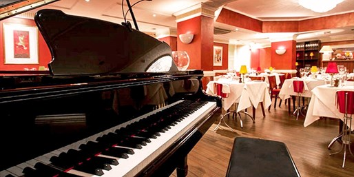 $91 – Top-Rated Dining & Opera Experience for 2 in London