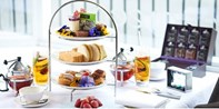 $25 -- London Mayfair: High Tea & Cocktail, Save 45%
