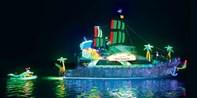 $39 -- Newport Beach Christmas Boat Parade & Lights Cruises