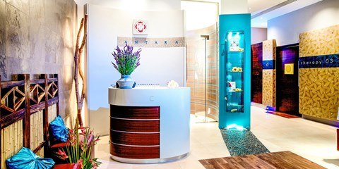 £350 -- Luxury Chelsea Spa Day for 2 inc Treatments & Lunch