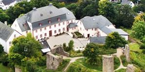 129 € -- Romantisches Burghotel in der Nordeifel, 39% sparen
