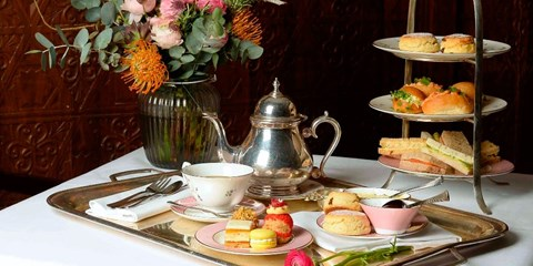 £25 -- Royal Afternoon Tea inc Prosecco by Thames, 46% Off