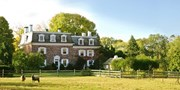 $189 -- Delaware River: Romantic B&B w/Winery Tour, 45% Off