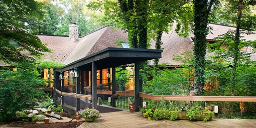 $199 -- Ohio: Tranquil 2-Nt. Amish Country Retreat, 60% Off