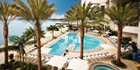 Hilton San Diego Bayfront: Spa Day w/Massage & Pool