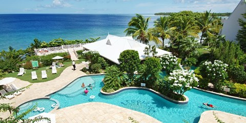 £749pp -- All-Inc Tobago Beach Holiday w/Flights & Sea Views