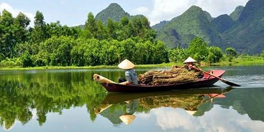 $1899 -- 10-Day Tour fr Hanoi to Ho Chi Minh City w/Flights
