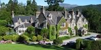 £199 -- 2-Night Snowdonia Break w/Meals & Bubbly, Save 49%