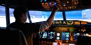 £29 -- Flight-Simulator Experience in London, Was £75