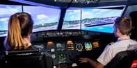 ab 44 € -- Pilotenabenteuer im A320-Simulator am Flughafen