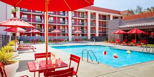 $109 -- Modern Hotel near Levi's Stadium, Save 40%