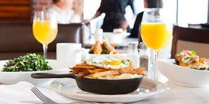 $39 -- Brunch for 2 w/'Bottoms Up' Endless Drinks, Reg. $72
