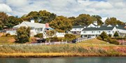 $69 -- Mystic, Conn. Seaside Inn w/Breakfast in Fall