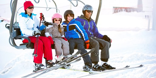 $28 -- Hockley Valley Ski Day incl. Weekends, Reg. $47