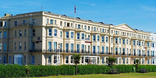 £79 -- Seafront Eastbourne Break w/5-Course Dinner, Was £130