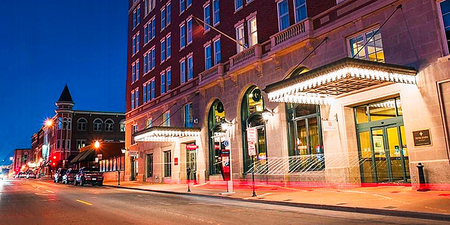 Travelzoo Deal: $89 -- Boutique Dubuque Hotel incl. Weekends, 50% Off