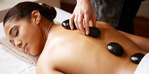 39 € -- Wunsch-Massage von Lomi-Lomi bis Hot Stone, bis -48%