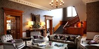 £159 -- Worcestershire Mansion Stay inc Dinner, Save 42%