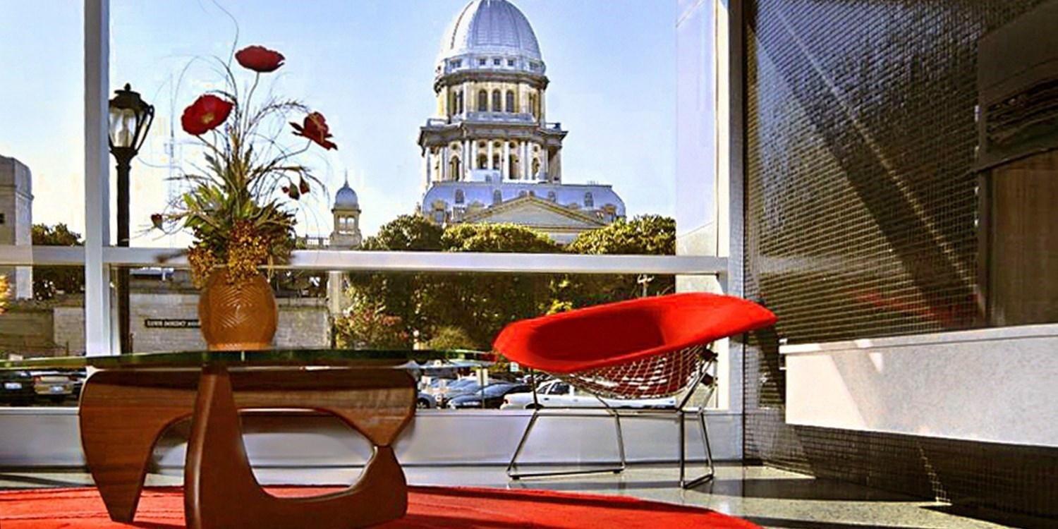 Travelzoo Deal: $89 -- Illinois: Springfield Hotel w/Lincoln Museum Tickets