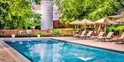 $149 -- 'Virginia's Best B&B' w/$50 Dining Credit, Save 55%