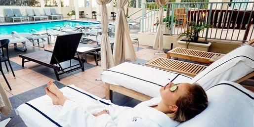 ¥749 -- 4.1折 慢享加州生活 JW万豪圣莫尼卡莫里哥特酒店单人按摩/面部护理