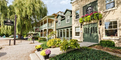 $138 -- Ontario: Lake Huron 4-Diamond Inn w/$50 Credit