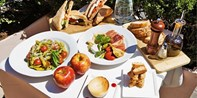 Spend a Summer Day in Central Park: 4-Course Picnic for 2