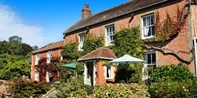 £119 -- 'Charming' Somerset Stay w/Gourmet Dinner, Was £296