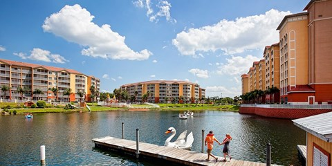 $99 -- Orlando-Area Resort near Parks w/Water Park Passes