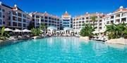 £229pp -- Algarve 5-Star 4-Nt Break w/Flights & Tour