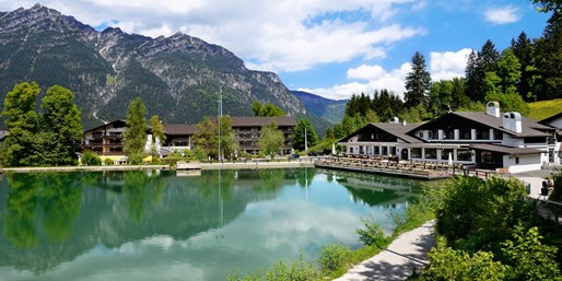 45 € -- Garmisch: Wellnesstag mit Massage im Spa am See